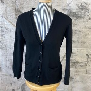 Banana Republic black cashmere sweater-fitted